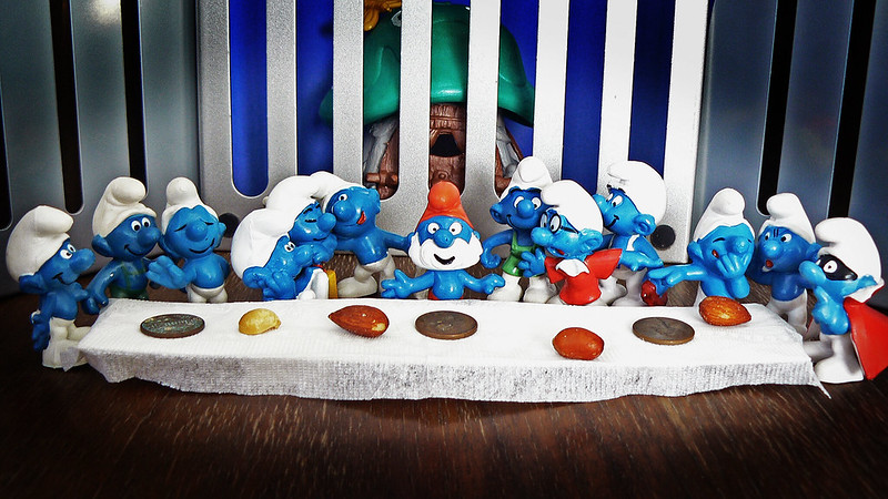 The Smurf Supper par Xomiele (parodie de la Cène avec les Schtroumpfs)