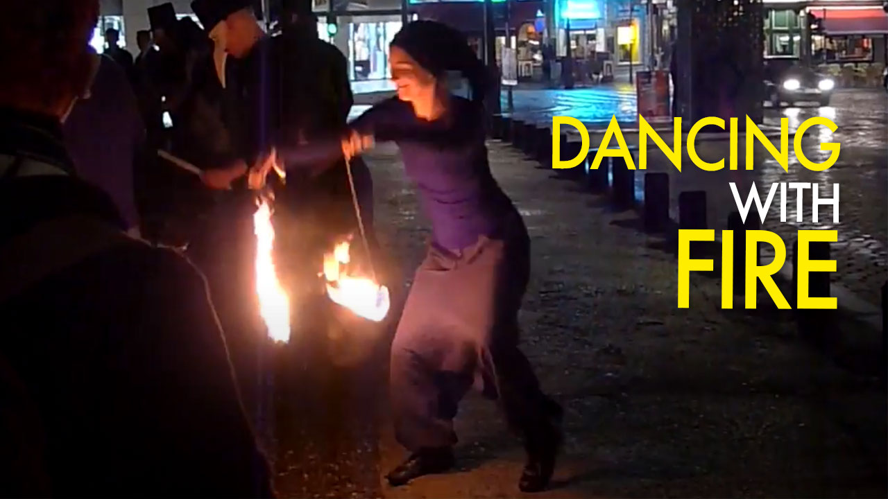 Dancing With Fire - Performance à Liège