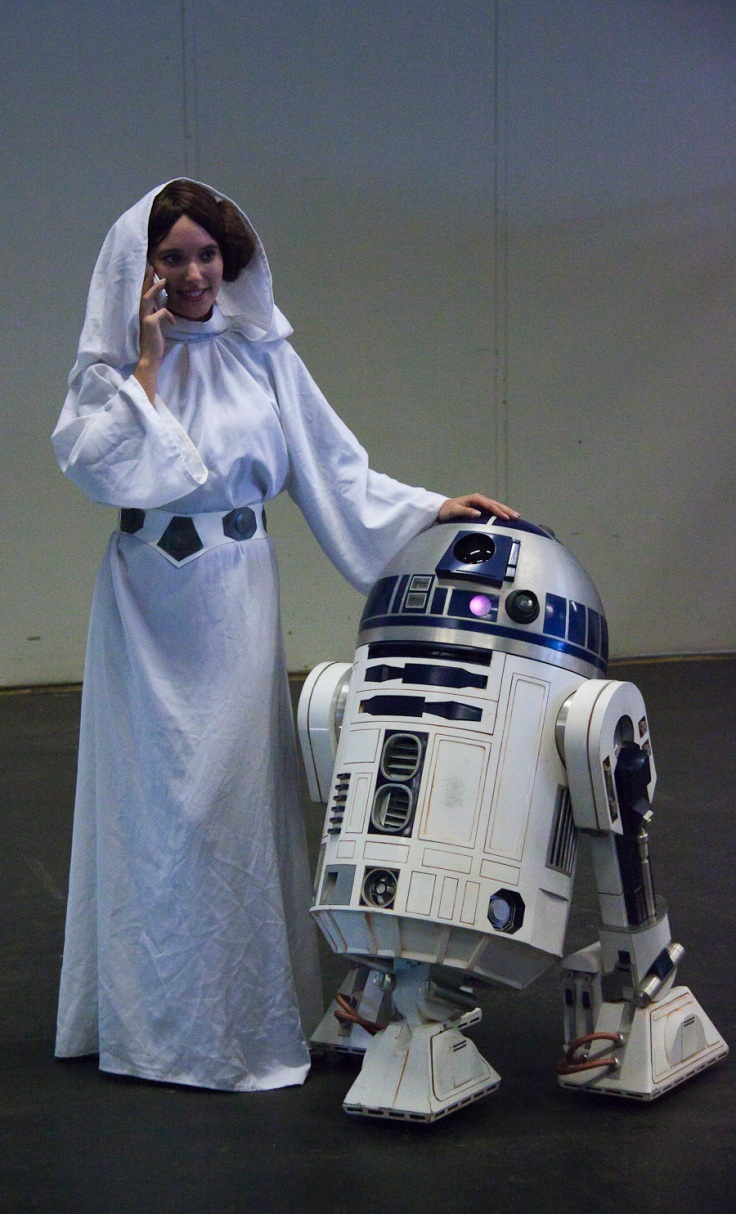 Princesse Leia & R2-D2 (Star Wars cosplay - FACTS 2010) - Photo : Gilderic