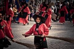 La sorcière rouge (macrale) - Liège - Photo : Gilderic