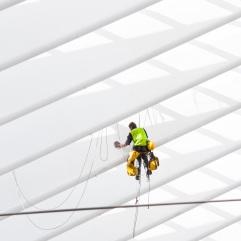 Spiderman à l'oeuvre... (Liège-Guillemins) - Photo : Gilderic