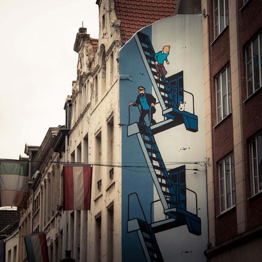 Tintin, Haddock, Milou (street art bd, Brussels) - Photo : Gilderic