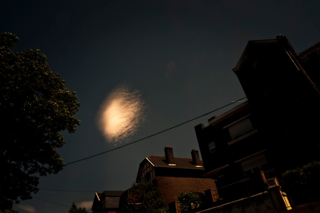 Nuage ou OVNI au-dessus de Liège (Photo : Gilderic)