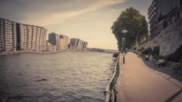 Canicule (Heat Wave) - Perspective mosane , Liège (Photo : Gilderic)