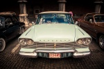 Rallye BD à Liège : voitures de collection (Plymouth Fury) dans la cour du Palais des Princes Eveques - Photo : Gilderic