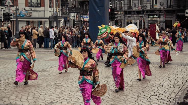 Chinoises en costume (Fêtes de Wallonie, Liège) - Photos : Gilderic