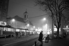 Comme un fantôme dans la nuit - Une nuit à Bratislava - Photo : Gilderic