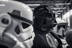 Dark Vador with Stormtroopers (cosplay) - Photo : Gilderic