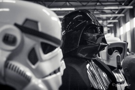 Dark Vador with Stormtroopers (cosplay) - Photo : Gilderic