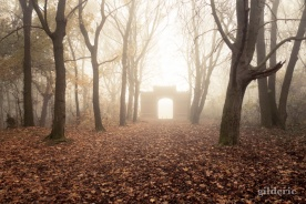 Autumn Fantasy : The Portal of Misty Dreams - Photo : Gilderic