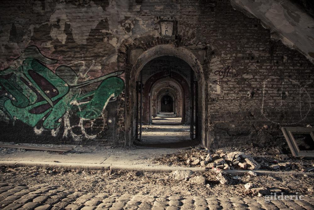 Enfilade - Fort de la Chartreuse, Liège - Photo : Gilderic