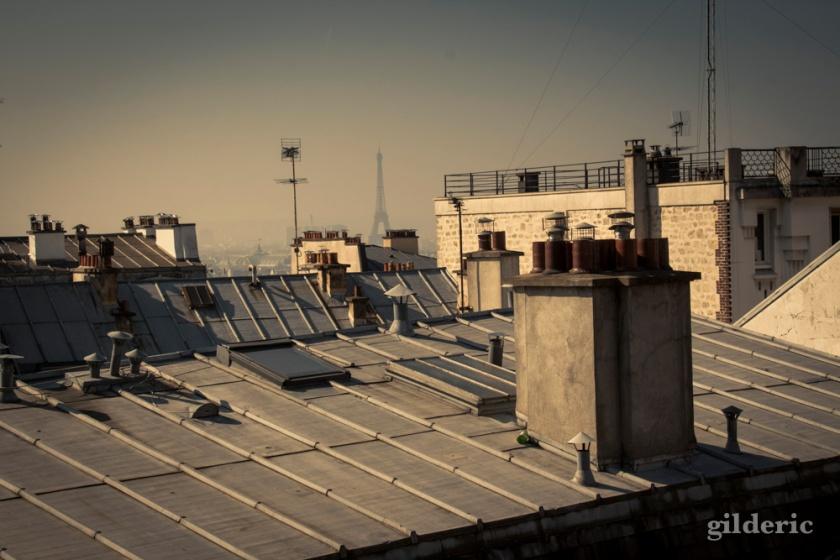La Tour Eiffel et les Toits de Paris vus de Montmartre - Photo : Gilderic