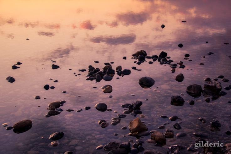 Reflets de nuages et rochers à Tenerife - Photo : Gilderic
