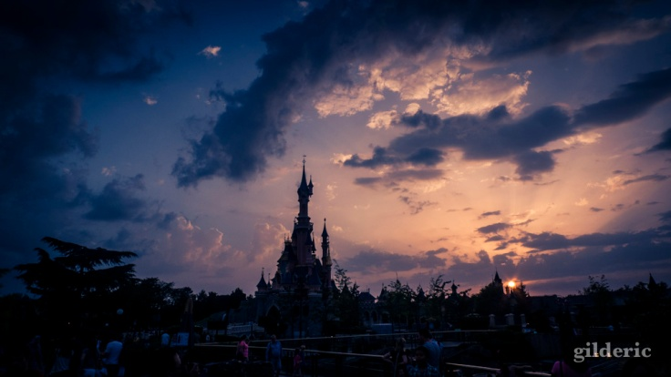 Magic is in the sky (Disneyland Paris) - Photo : Gilderic