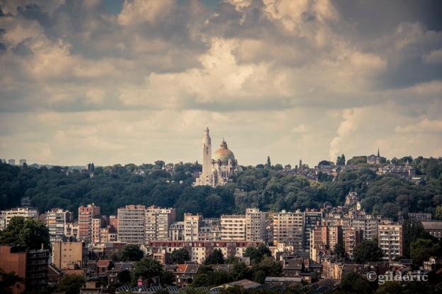 Liège et le monument interallié - Photo : Gilderic