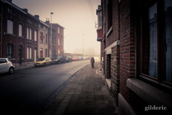 Mist in the City (Grivegnée, Belgique) - Photo : Gilderic