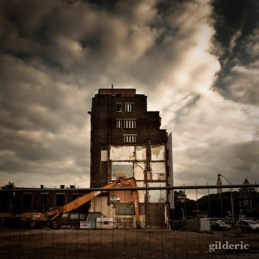 Maison en ruine en démolition (Liège) - Photo : Gilderic