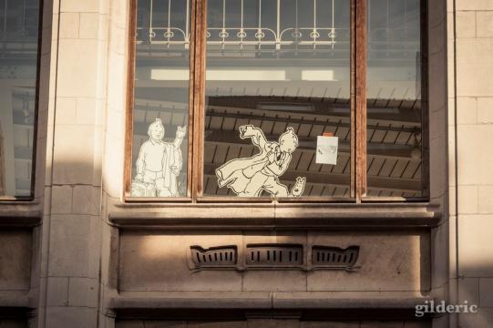 Musée de la BD Bruxelles (Tintin à la fenêtre) - Photo : Gilderic