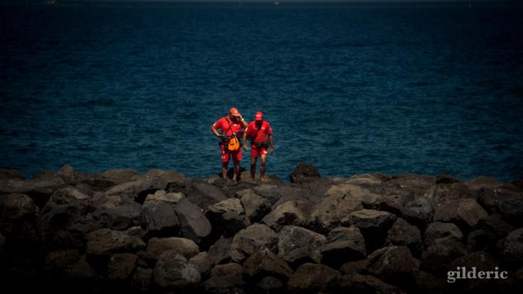 Code Rouge (alerte à Tenerife plage) - photo : Gilderic