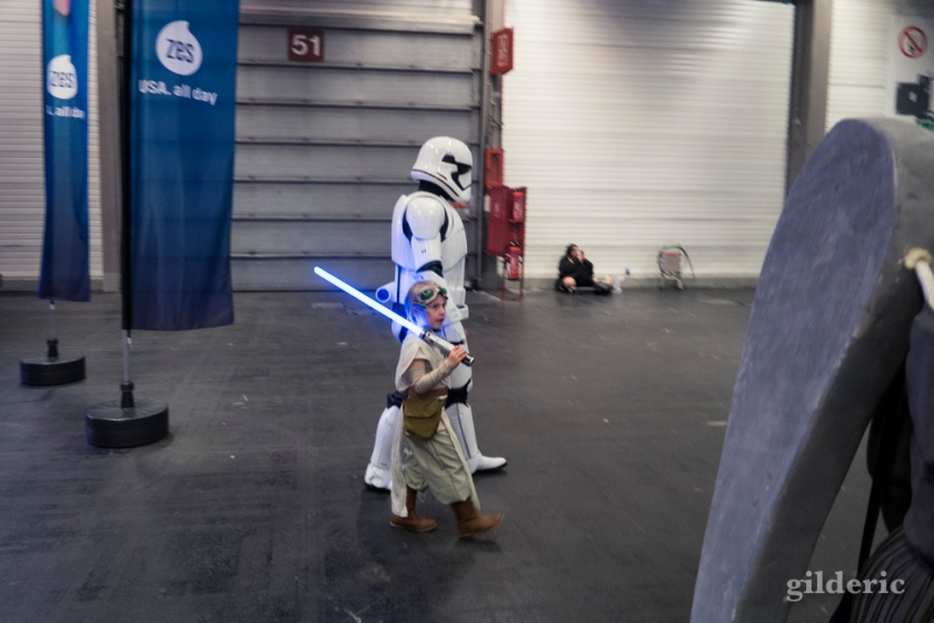 Padawan Jedi et Stormtrooper quittant FACTS 2016