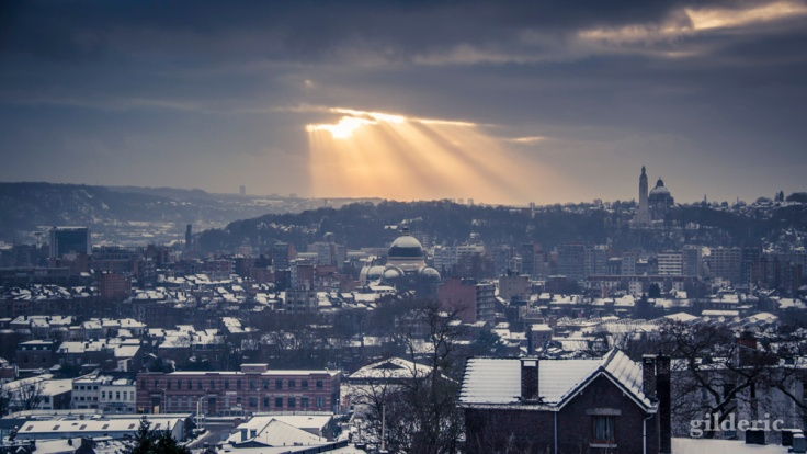 Coup de lumière au-dessus de Liège