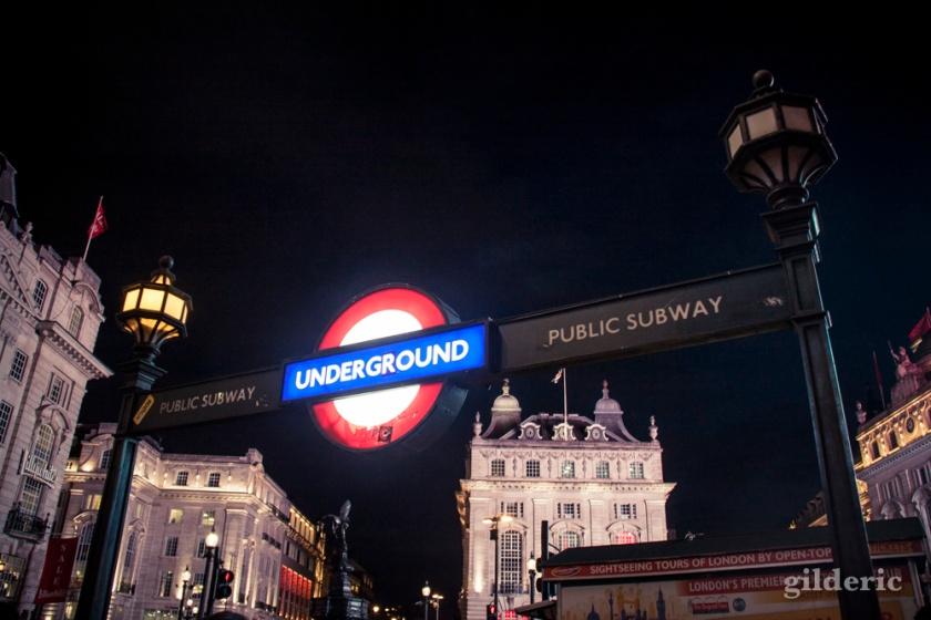 Entrée de métro, Piccadilly Circus