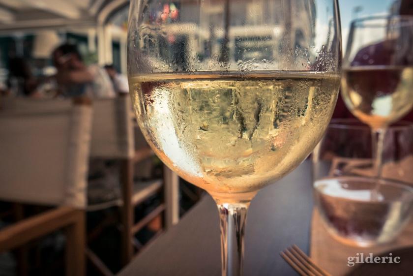 Vino bianco italien