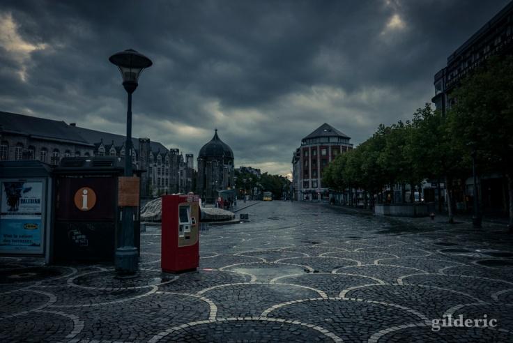 Dark Summer : Place Saint-Lambert, Liège