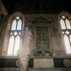 Une des chapelles du Temple Malatesta
