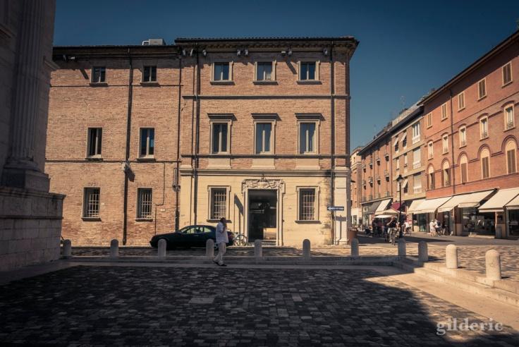Le parvis du Temple Malatesta (Rimini)