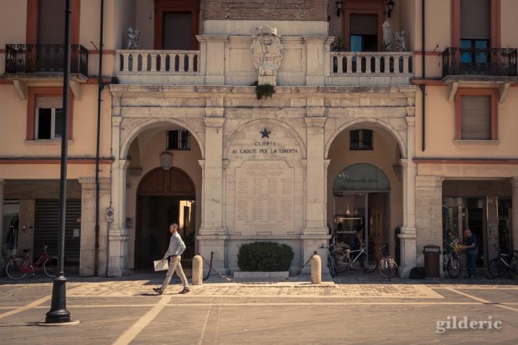Monuments aux morts (Place des 3 martyrs) à Rimini