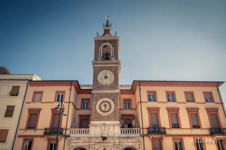 Tour de l'Horloge - Place des 3 Martyrs à Rimini