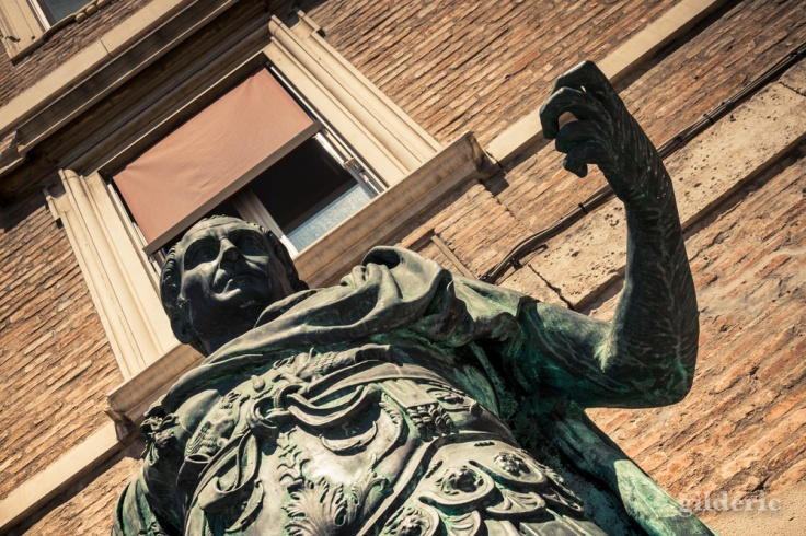 Statue de Jules César à Rimini