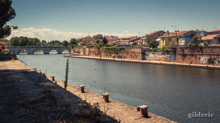 Quai de Rimini Pont de Tibère