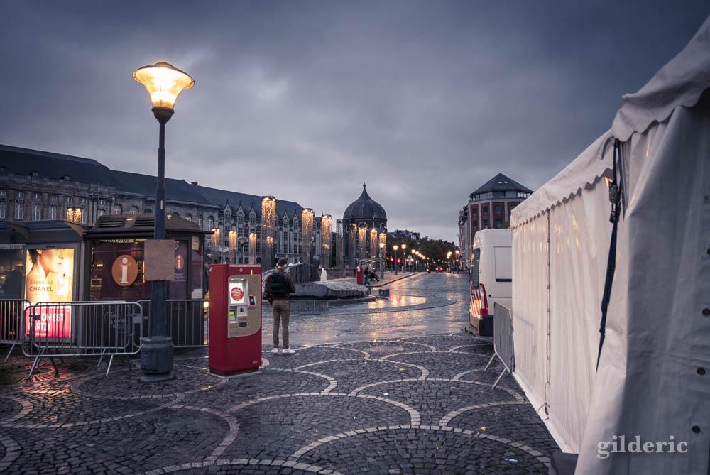 Petit matin pluvieux, Place Saint-Lambert