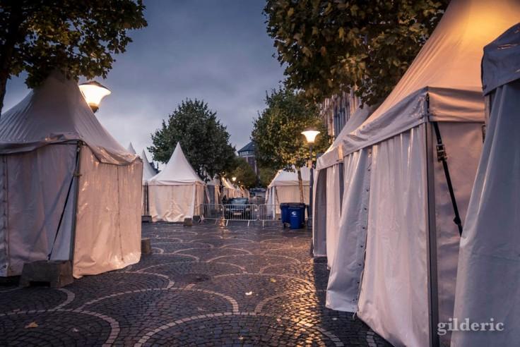 Le silence et la solitude du matin Place Saint-Lambert (Liège)