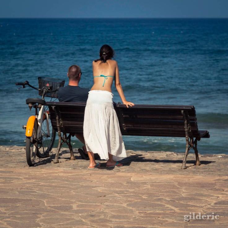Face à la mer (un couple à Tenerife (Iles Canaries)