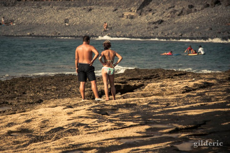 Face à la mer (un couple à Tenerife (Iles Canaries)