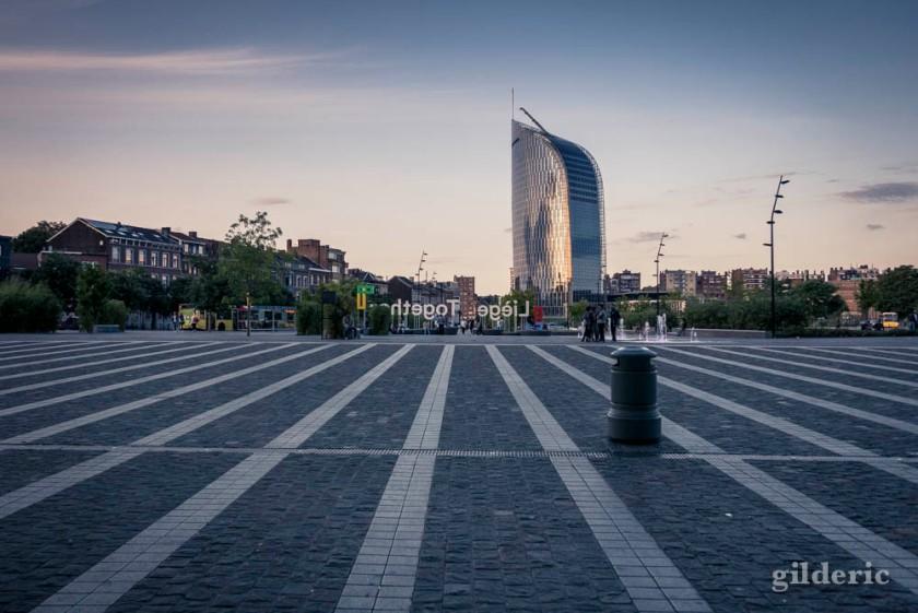 Esplanade de Liège-Guillemins et Tour des Finances