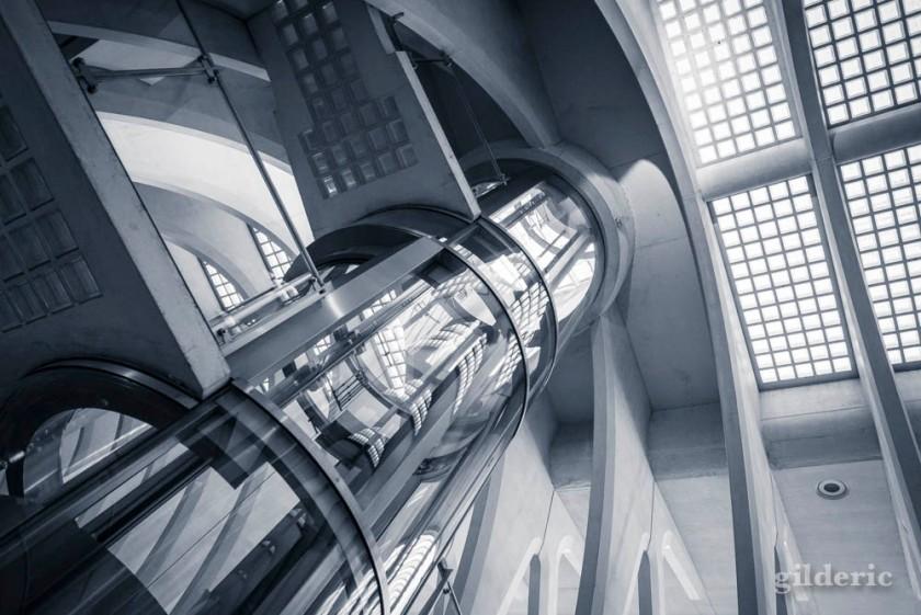 The Rocket Tube (Liège-Guillemins)