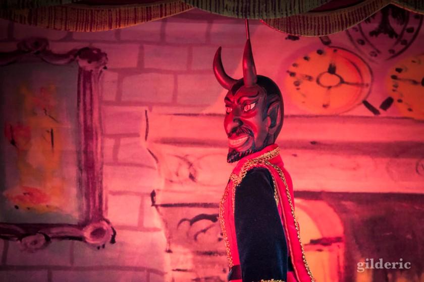 Lucifer - Théâtre à Denis (marionnettes) aux Contes mystérieux de la Chartreuse
