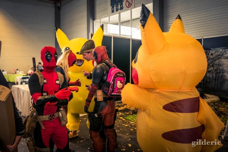 Deadpool vs Pikachu (cosplay FACTS 2017)