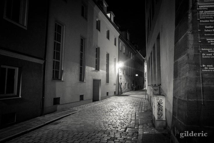 Rue déserte à Nuremberg