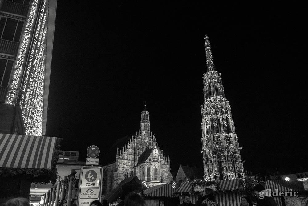 Place du Marché et Frauenkirche