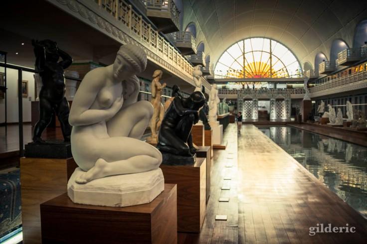 Sculptures sensuelles à la Piscine de Roubaix