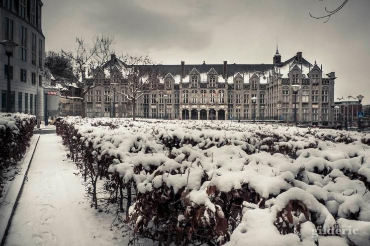 Le Palais des Princes-Eveques dans la neige (Liège)