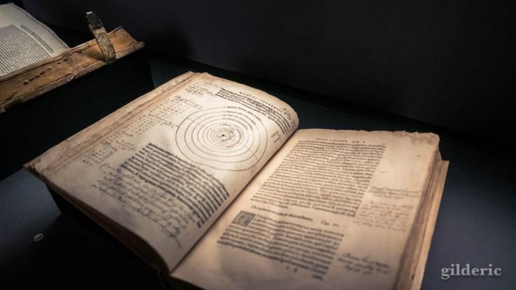 Expo Empreintes : Nicolas Copernic, De revolutionibus orbium coelestium