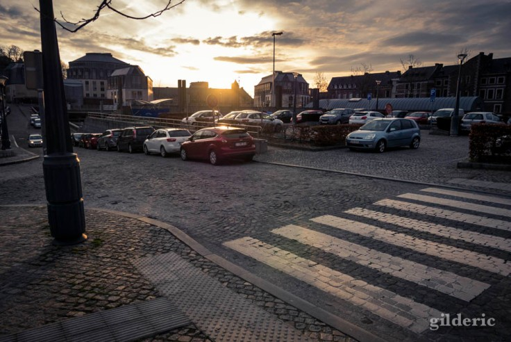 Le soleil se lève sur les Princes-Evêques et le Cadran (Liège)
