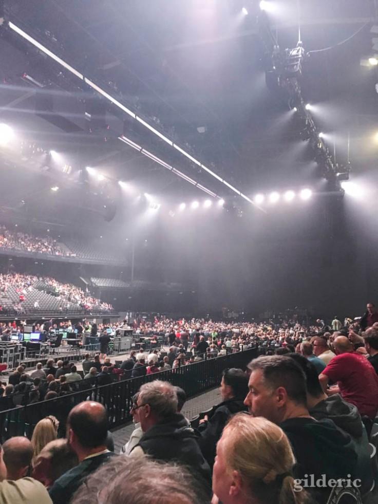 """Roger Waters """"Us + Them Tour"""" live à Anvers : dans la salle du Sportpaleis"""