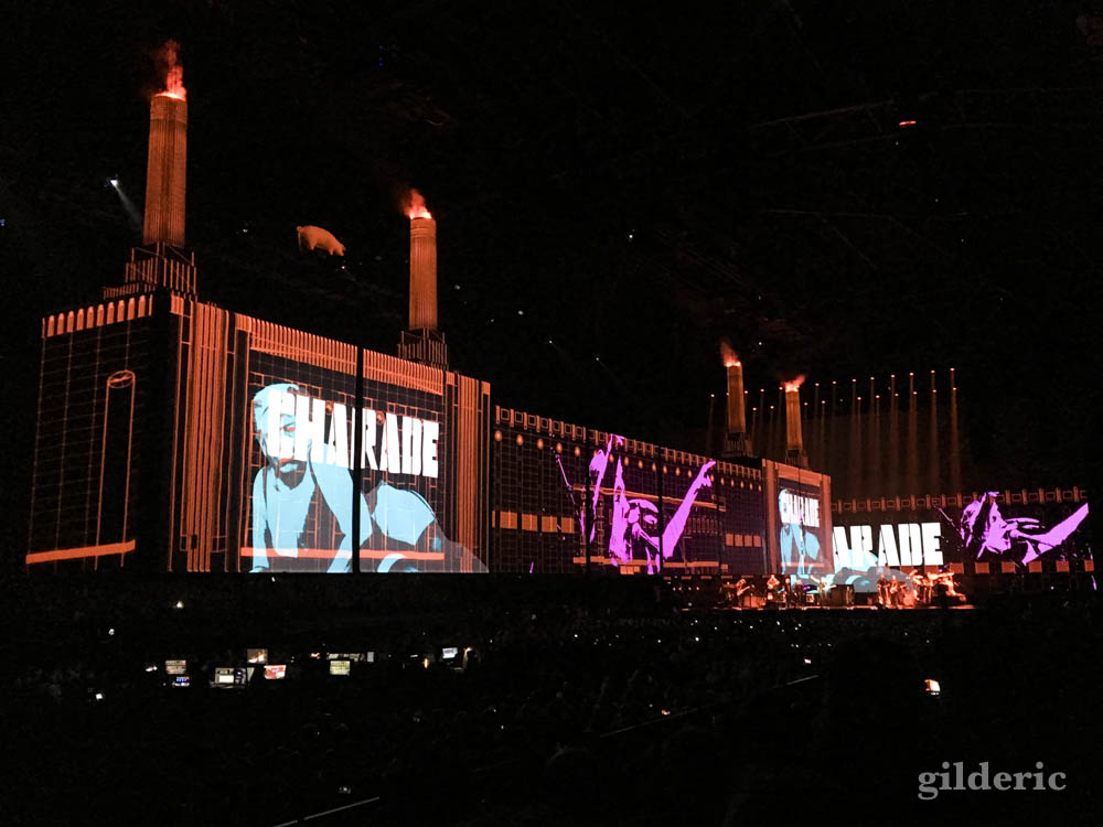 "Roger Waters ""Us + Them Tour"" live à Anvers : charade et Trump"